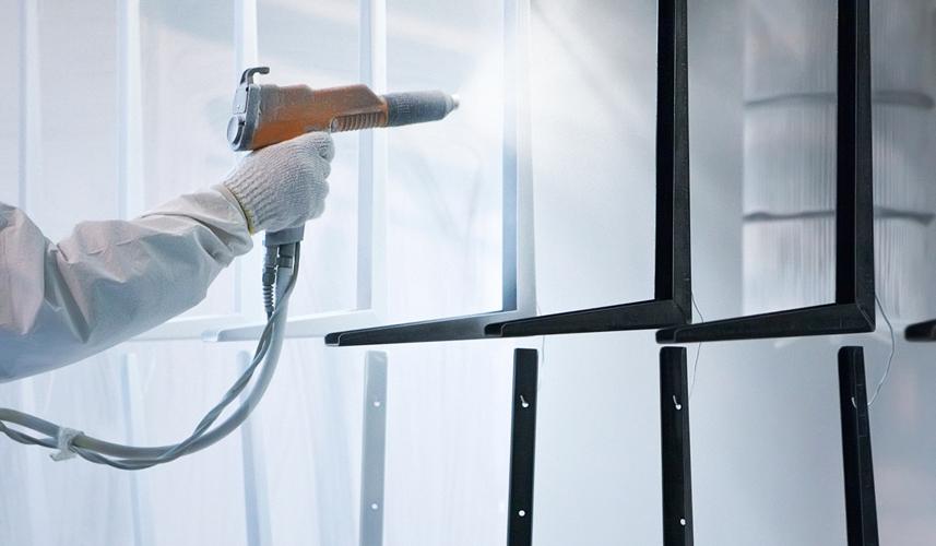 Trattamento superfici metalliche: verniciature industriali a polvere